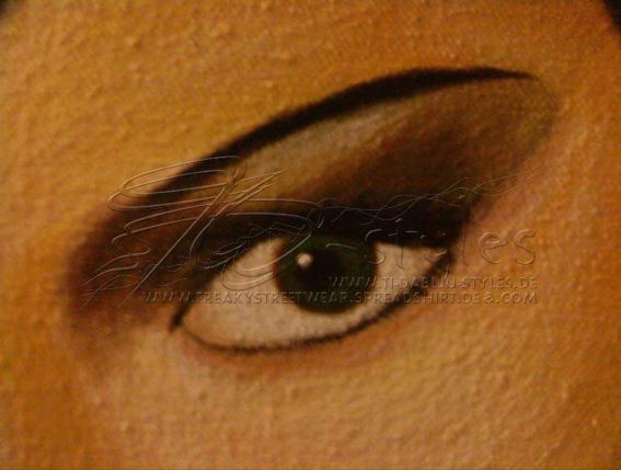 leinwand_sweet_gwendoline_closeup_eye_thomas_wiesen_ti-dablju-styles